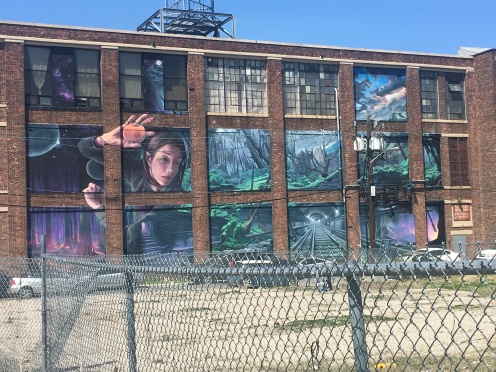 Distort Mural on 430 Summit